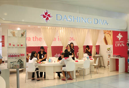 Fro New York City The Home Of Nail Art Dashing Diva Salon Came To Manila Which Become Por From 2006 Up Until Now