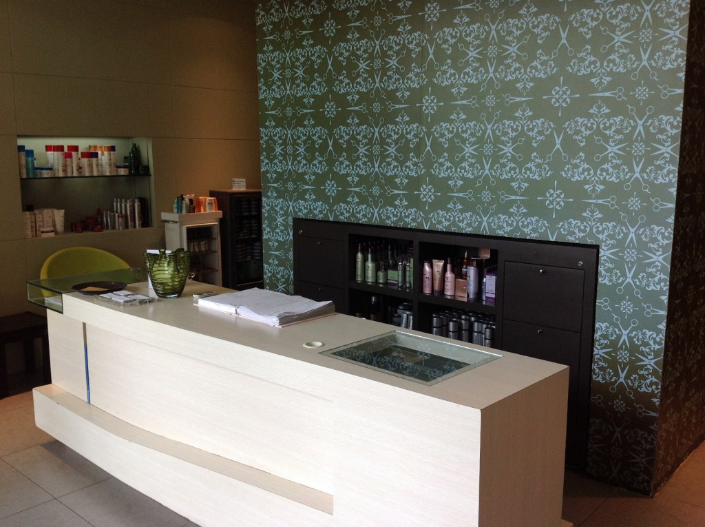 The Neat Main Reception Area Pic 3_re