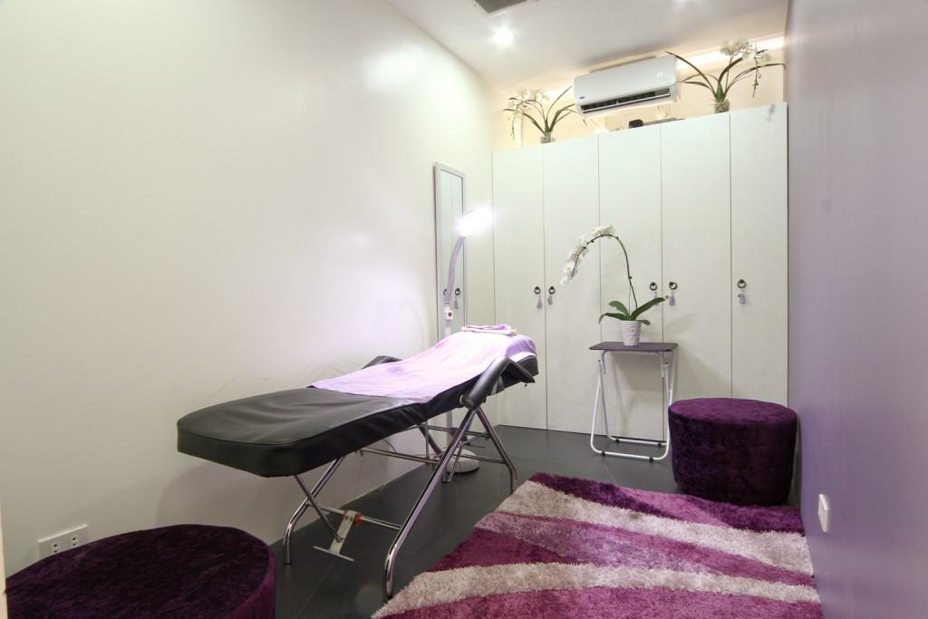 Treatment Room _re