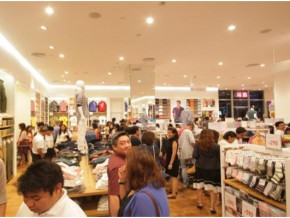 UNIQLO Welcomes 15th Store in the Philippines with an Evening for VIP Shoppers