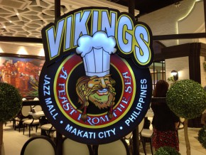 Vikings Luxury Buffet Offers World Street Food This August