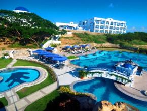 Go Grecian: Santorini-inspired Resorts in the Philippines