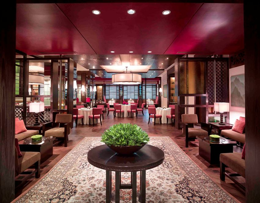 New World Makati Hotel Invites Diners To Enjoy The Best Of