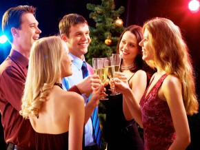 5 people you meet at Christmas parties