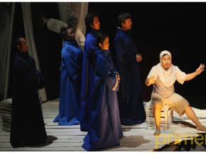 The Tempest Reimagined: A Filipino Adaptation of a Shakespeare Classic
