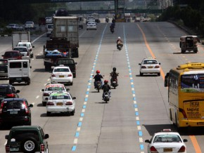 MMDA enforces motorcycle lane policy