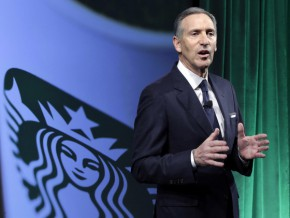 Starbucks to boost number of shops, add more food to menu