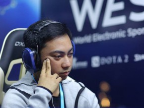 Filipino claims grand prize at 2016 WESG