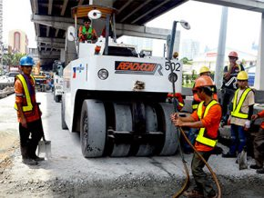 MMDA: Road diggings on major roads now done at night