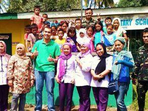 DOH grants posthumous service award to slain barrio doctor