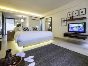 It's an Awesome August at Discovery Shores Boracay