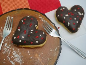 Say I Love You with sweet treats from FamilyMart