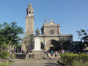 Intramuros Opens for Visita Iglesia Once More