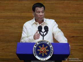 Duterte Signs Free Centralized ID System for Filipinos and Expats into Law