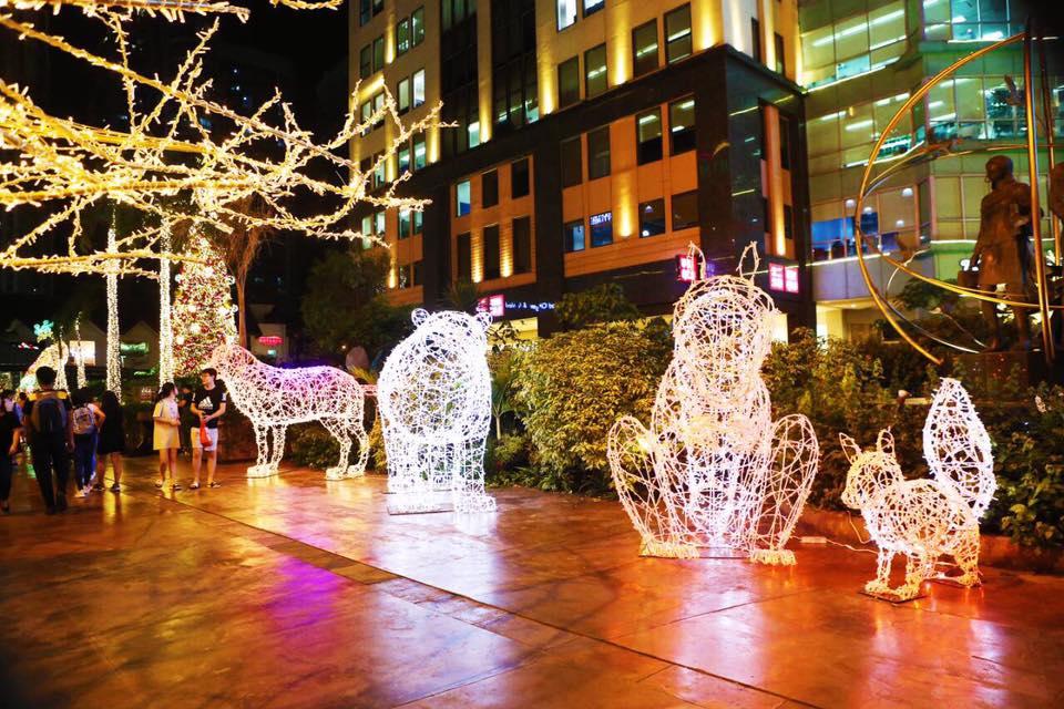 Christmas Lights In Pampanga.Christmas Lights And Sound Displays In The Metro Worth