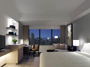 New World Makati Hotel Takes You to a Romantic Treat This Season of Hearts