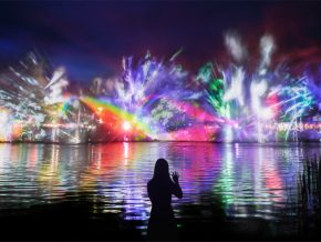 teamLab Brings Interactive Water Show to the PH