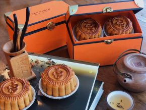 Celebrate Mid-Autumn Festival With New World Makati's Luscious Mooncakes From Jasmine