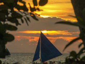Boracay, El Nido Hit Condé Nast Top Beach List