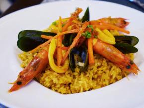 5 Must-Try Restaurants Around The Beacon