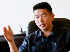 Success Story of Injap Sia: Youngest Billionaire in PH