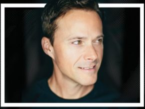 'God Gave Me You' singer Bryan White is coming to Manila this July