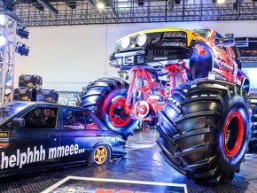 The 13th Manila Auto Salon Opens November 14