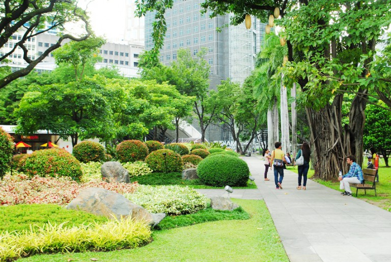 Ayala Triangle Gardens: Paradise in the City