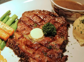 Highlands Steakhouse in MOA: Home of Prime Ribs and USDA-Certified Cuts
