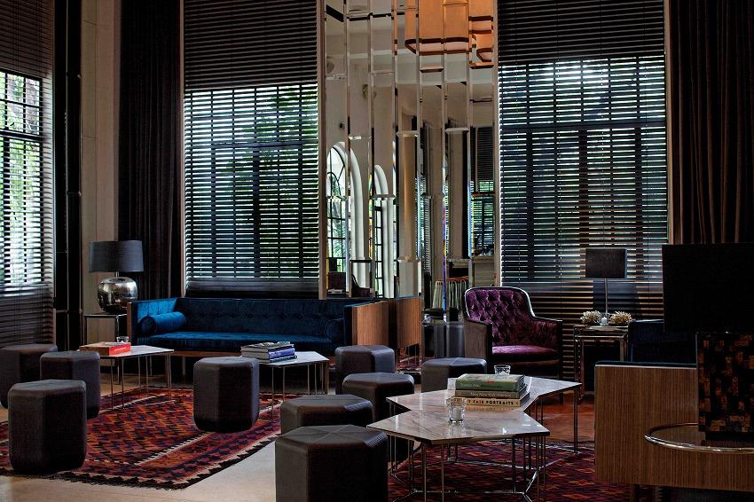 Blackbird Lounge