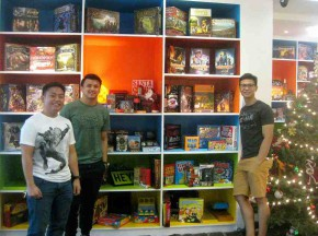 Fun in Bits and Pieces: Puzzles Board Game and Lounge