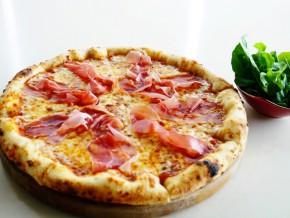Rafaelle Woodfired Pizza
