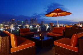 9 Spoons and Sky Deck View Bar in Bayleaf Intramuros