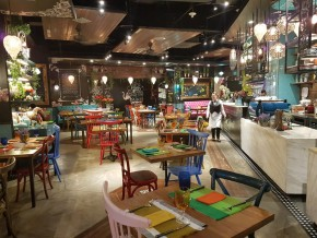 Another Story: A restaurant with a whimsical charm