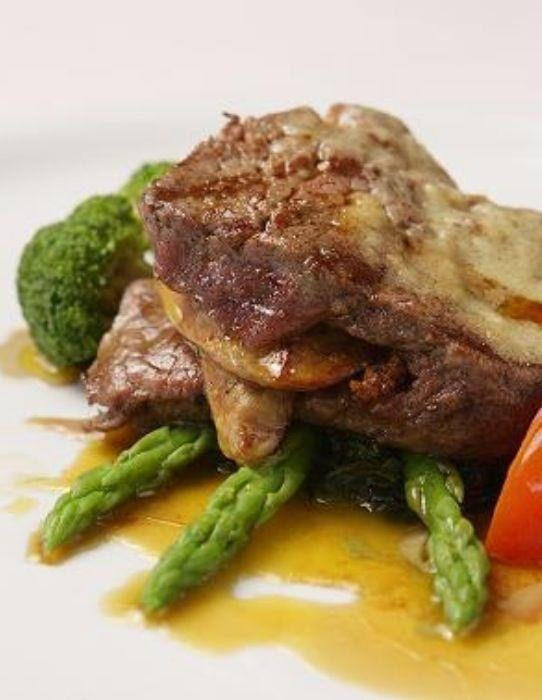 balducci-filetto-di-manzo-con-fegato-prime-beef-tenderloin-with-foie-gras-in-our-truffle-sauce-1850