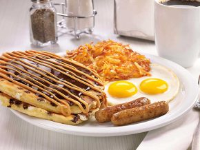 Denny's: A true American Diner in the Philippines