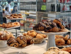 Dean & DeLuca in Makati: A Hub for Tasty and Healthy Baked Treats