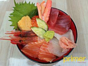 JAPAN TRAVEL: Tsukiji Donburi Ichiba in Tsukiji, Tokyo — Kaisendon for Seafood Lovers!