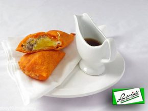 Lanie's Batac Special Empanada in Ilocos Norte Adds a Twist to Your Favorite Snack