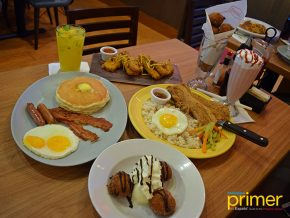 Denny's in Makati: Breakfast Treats at Any Time of the Day