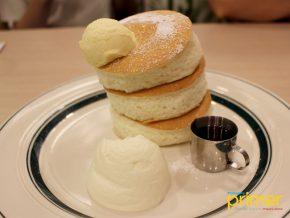 Gram Café & Pancakes in SM Megamall Offers Japan's Premium Soufflé Pancakes