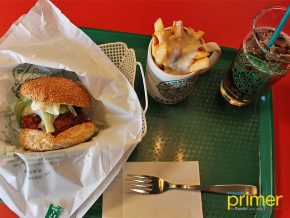 Lucky Pierrot: Hakodate's Exclusive and Award-Winning Burger Joint