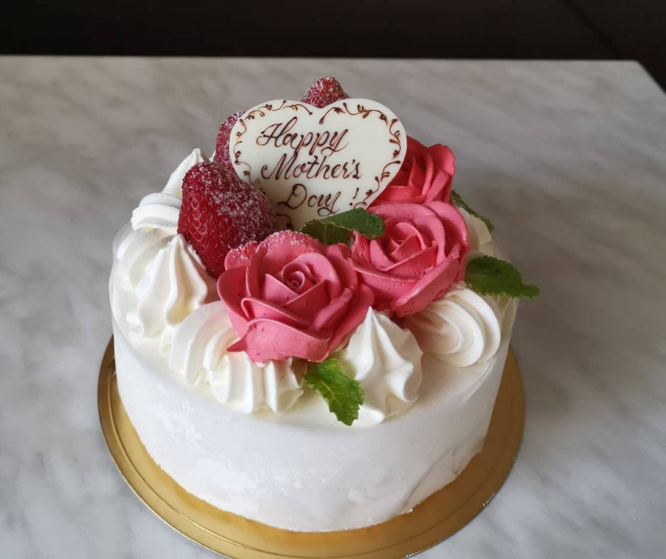 HURRY! Spoil Your Mom on Mother's Day with a Cake from Patisserie Bébé Rouge