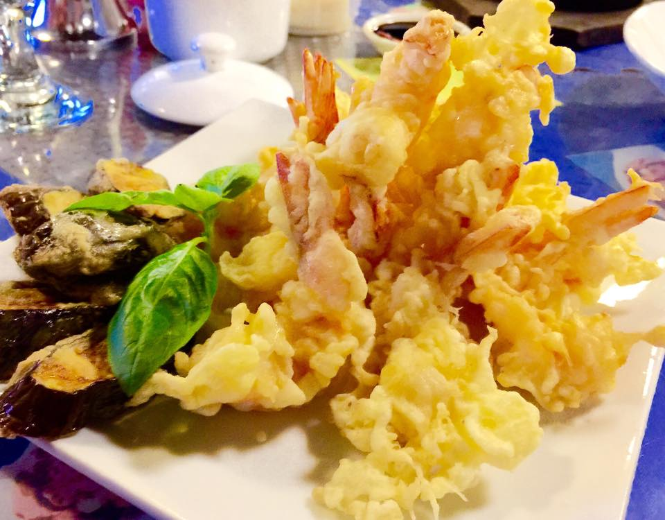 5). Ebi Tempura with Suka (Vinegar) Dip - P199