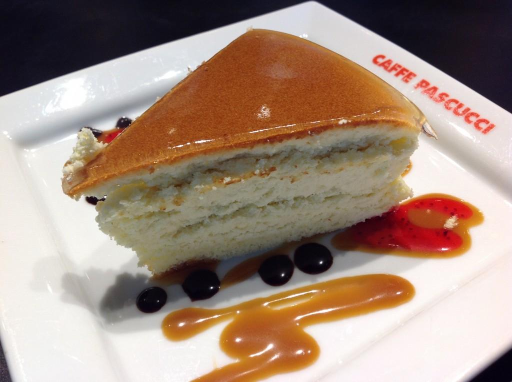 Light Cheesecake (P145 per slice) Pic 8_re