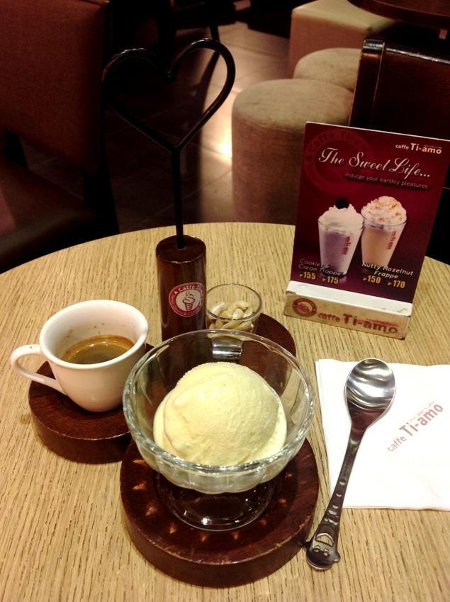 Affogato Vanilla Gelato Drowned in Espresso P120 Pic 5
