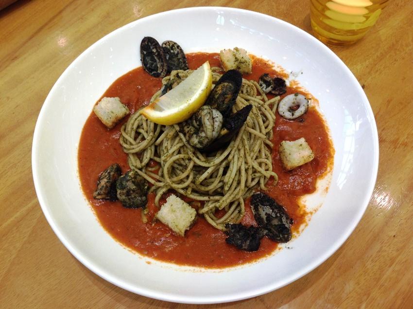 Roasted Seafood Cioppino (P 425) PHOTO 4