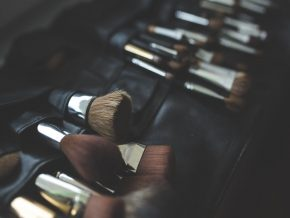 6 Makeup Schools for the Aspiring Makeup Artist