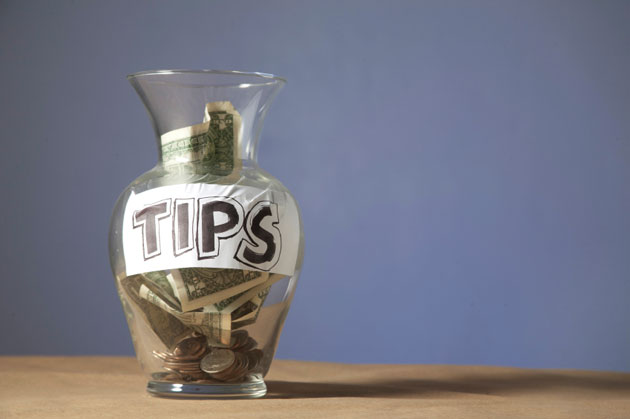 Expats' Guide: Tipping Etiquette in the Philippines