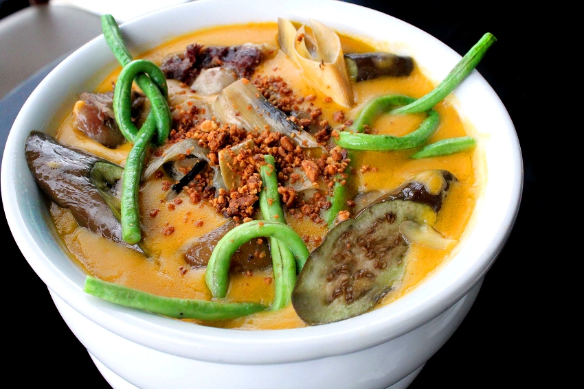 A list of all time favorite filipino dishes philippine primer yet another famous filipino dish is kare kare it is being served in local restaurants because of its flavor kare kare is a filipino stew composed of thick forumfinder Choice Image